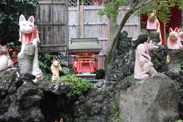 京濱伏見稲荷神社 招福池