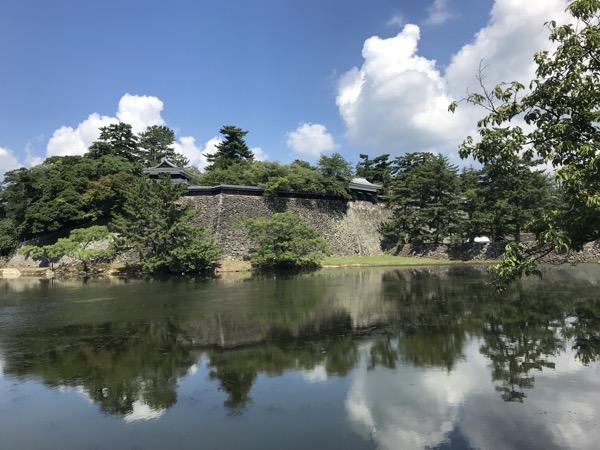 松江城 遠景